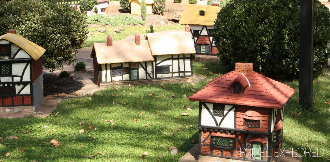 Melbourne - Fitzroy Gardens Replica Tudor Village