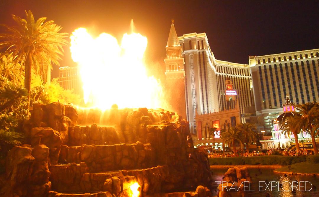 Las Vegas - Mirage Casino Volcano
