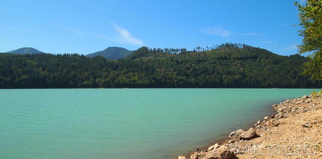 Mt Rainier - Alder Lake from Picnic Area