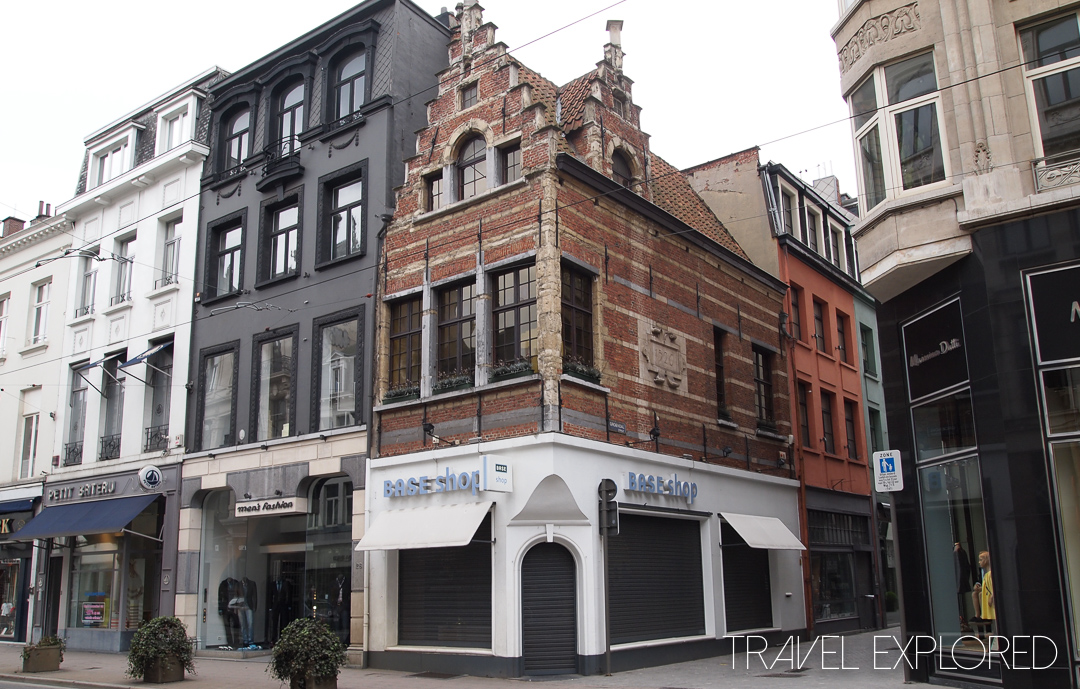 Antwerp - Mixing the old and new